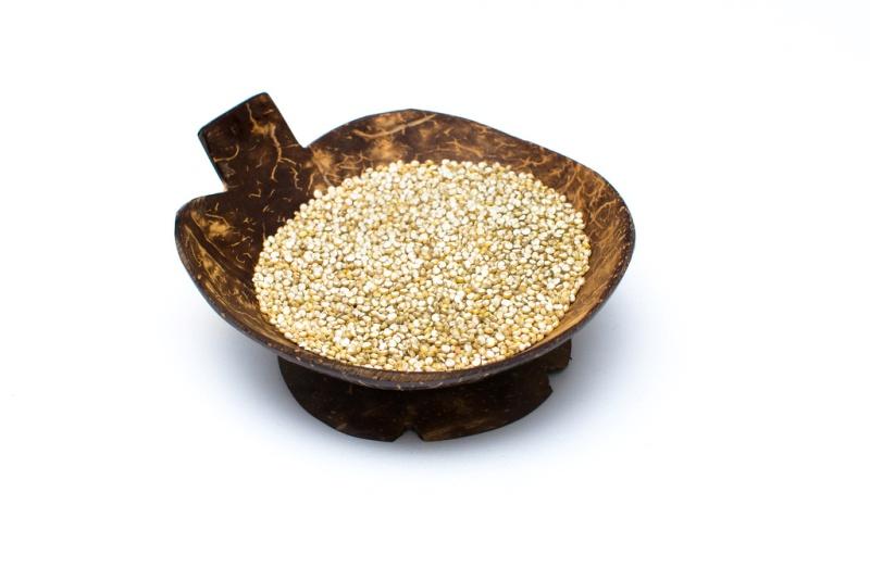 quinoa má příjemnou oříškovou chuť